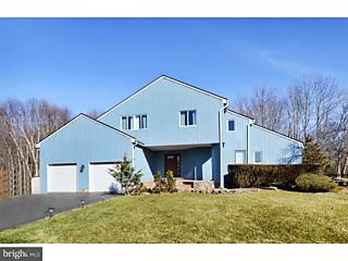Photo of 4 Margaret Court Princeton Junction, NJ 08550
