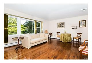 Photo of New Rochelle, NY 10804